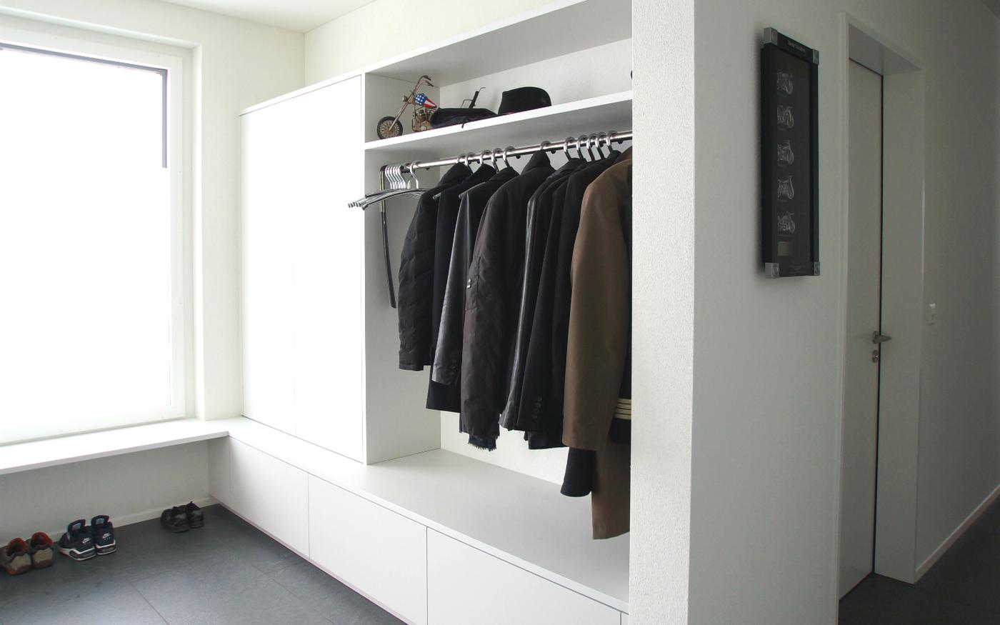 kreis design sch ner wohnen ist m glich sidebord garderoben u a. Black Bedroom Furniture Sets. Home Design Ideas